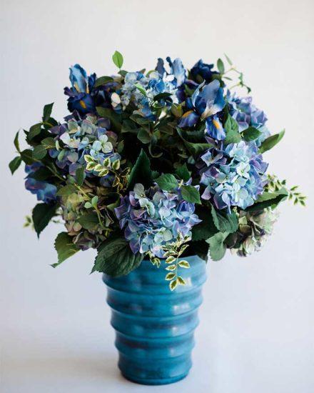 BLUE HYDRANDEA & IRIS MIX IN BLUE TIN